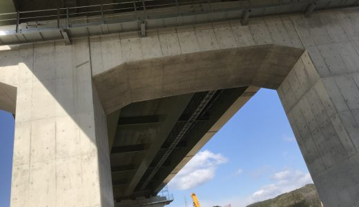 東海環状自動車道の高富ICが完成まじかである。